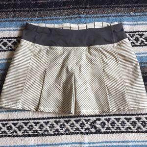 Lululemon Fast Cat skort skirt size 4 grey stripe